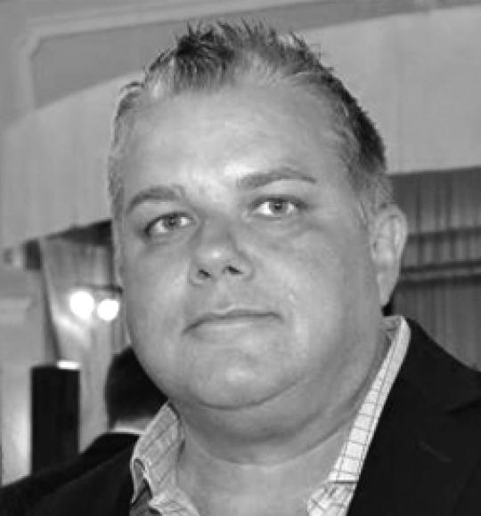 Alex Hern CEO of Tsunami XR